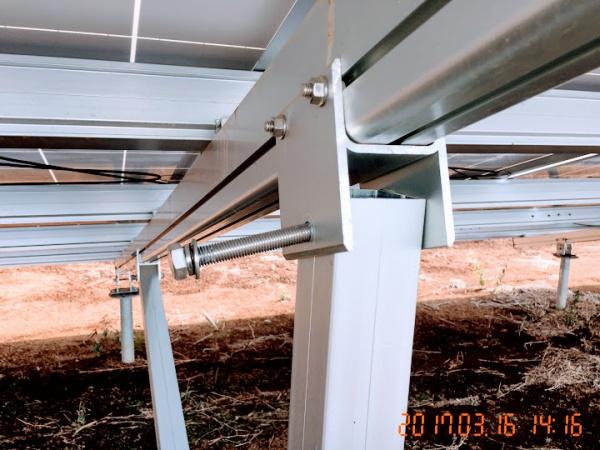 ボルトの緩みは架台やパネル飛散に直結する