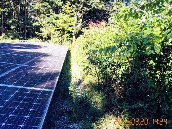 太陽光パネルへの影の掛かり具合は、太陽の高さにより大きく変わる